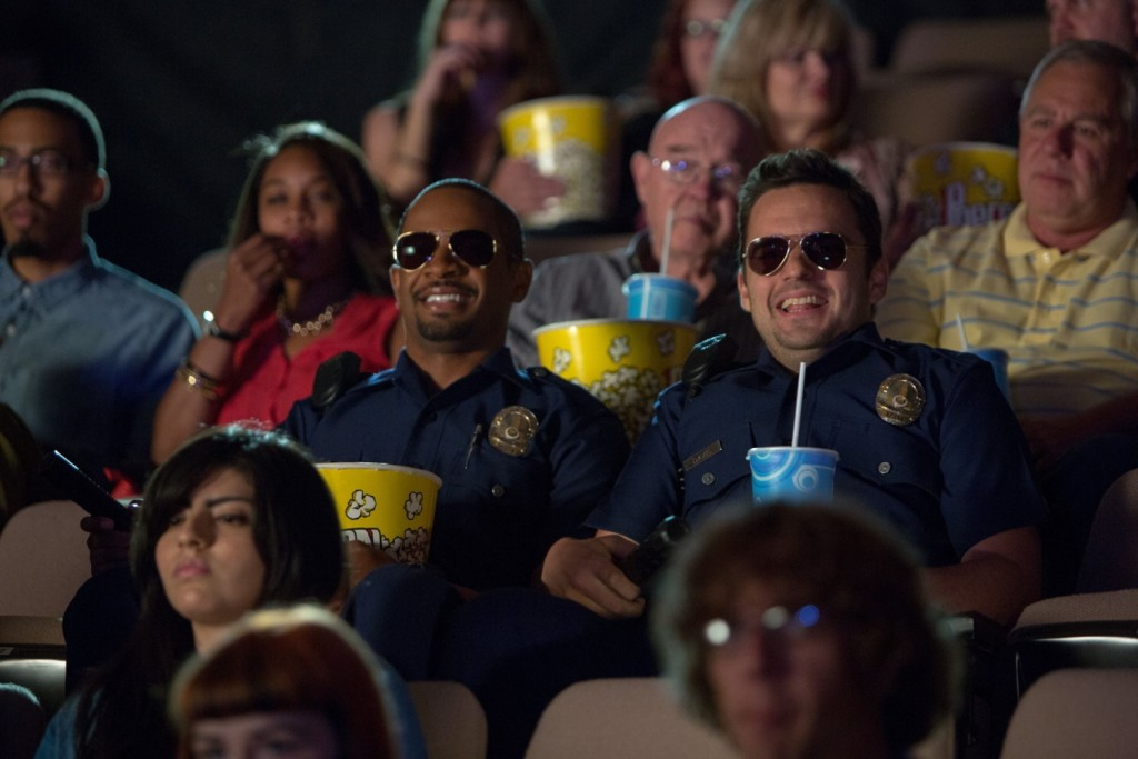 Damon-Wayans-Jr.-and-Jake-Johnson-in-Lets-Be-Cops-2014-Movie-Image-2