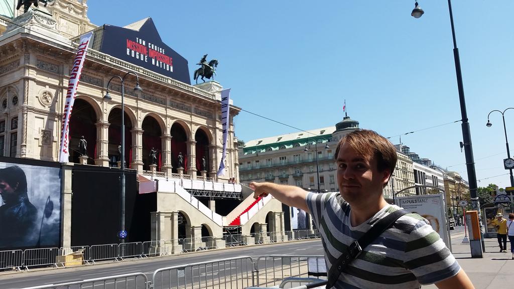 Da is die Vorderseite von der Oper!