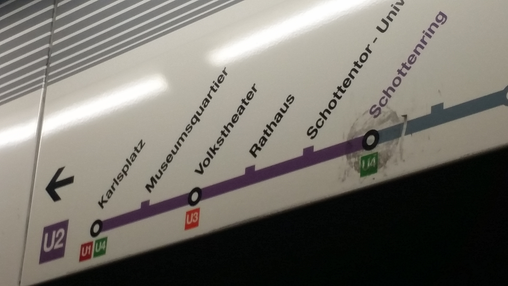 Da is ein Fleck auf dem U-Bahn Plan!