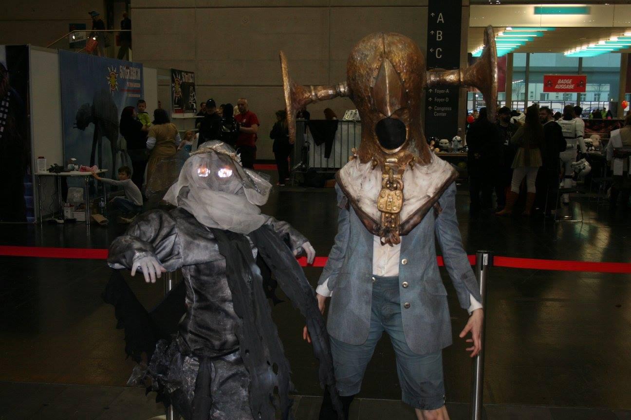 Also die linke heißt Nönnchen und ist die Banshee-Version eines toten Charakters.... und die rechte heißt Nudlmonster und ist auch ein Viech aus Bioshock.
