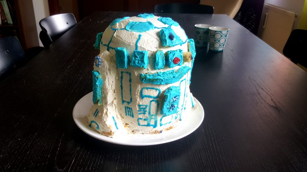 Flip the Truck | Film Food R2D2 Kuchen